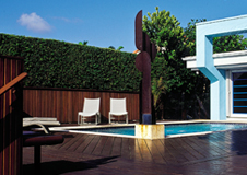 Piscina_Barry's_house_port